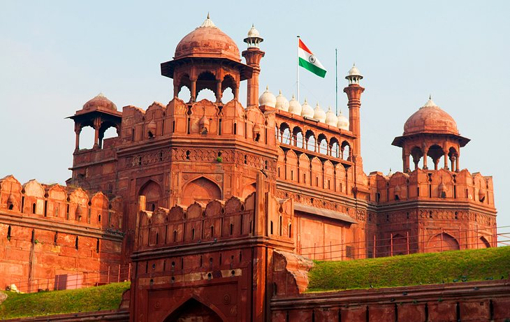 india-delhi-red-fort.jpg