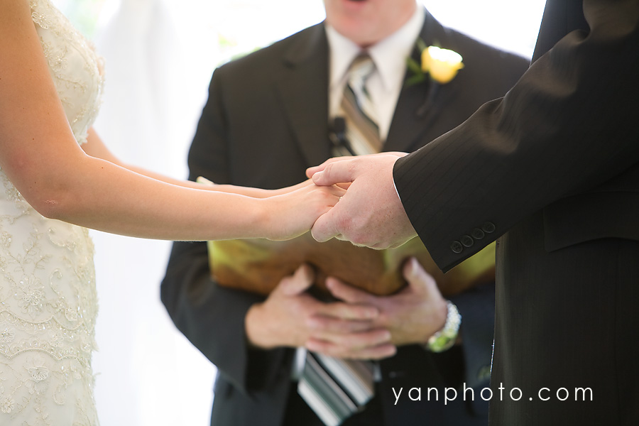 hand-hold-blog