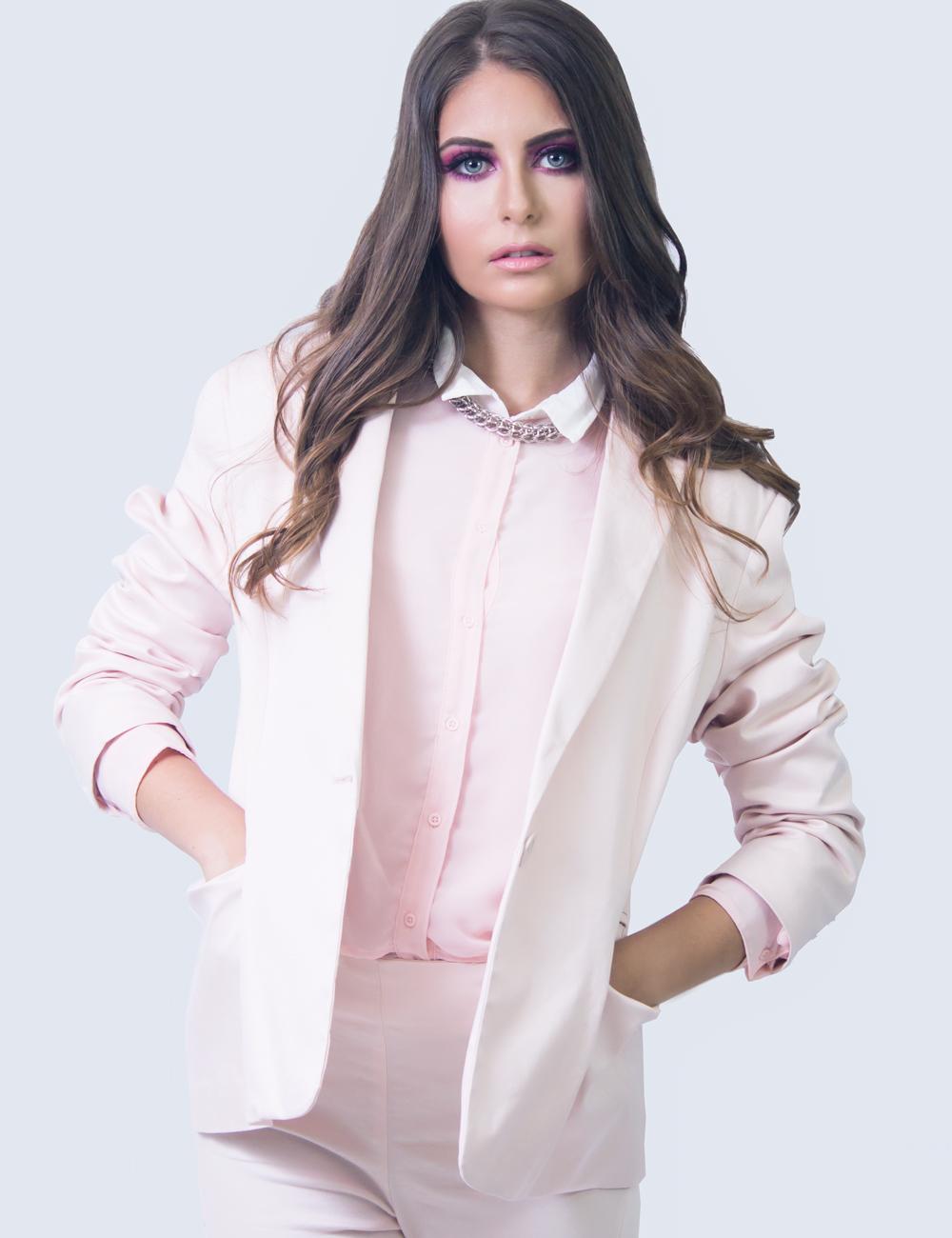 fashion for a couse moda jose vargas noe pantano mcb estudio revista estila moda rosado cancer de mama octubre modelos