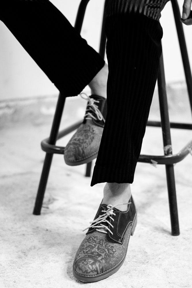 Pantalon  Yoyo Barrientos , Zapatos  Walls Leather
