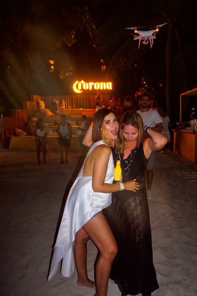 corona summer time Croatan moda jose vargas style fiesta party marca pais photographer blogger lifestyle