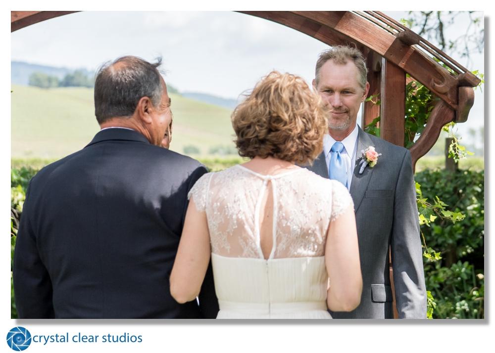 sonoma-kenwood-wedding-crystalclearsonoma.jpg
