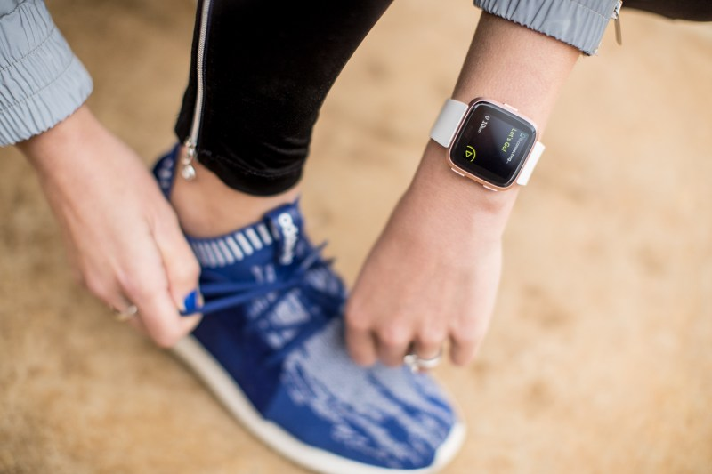 Fitness-On-Toast-Faya-Blog-Girl-Healthy-Workout-Training-Fitbit-Versa-Hampstead-Heath-Kenwood-House-Fields-Run-3.jpg