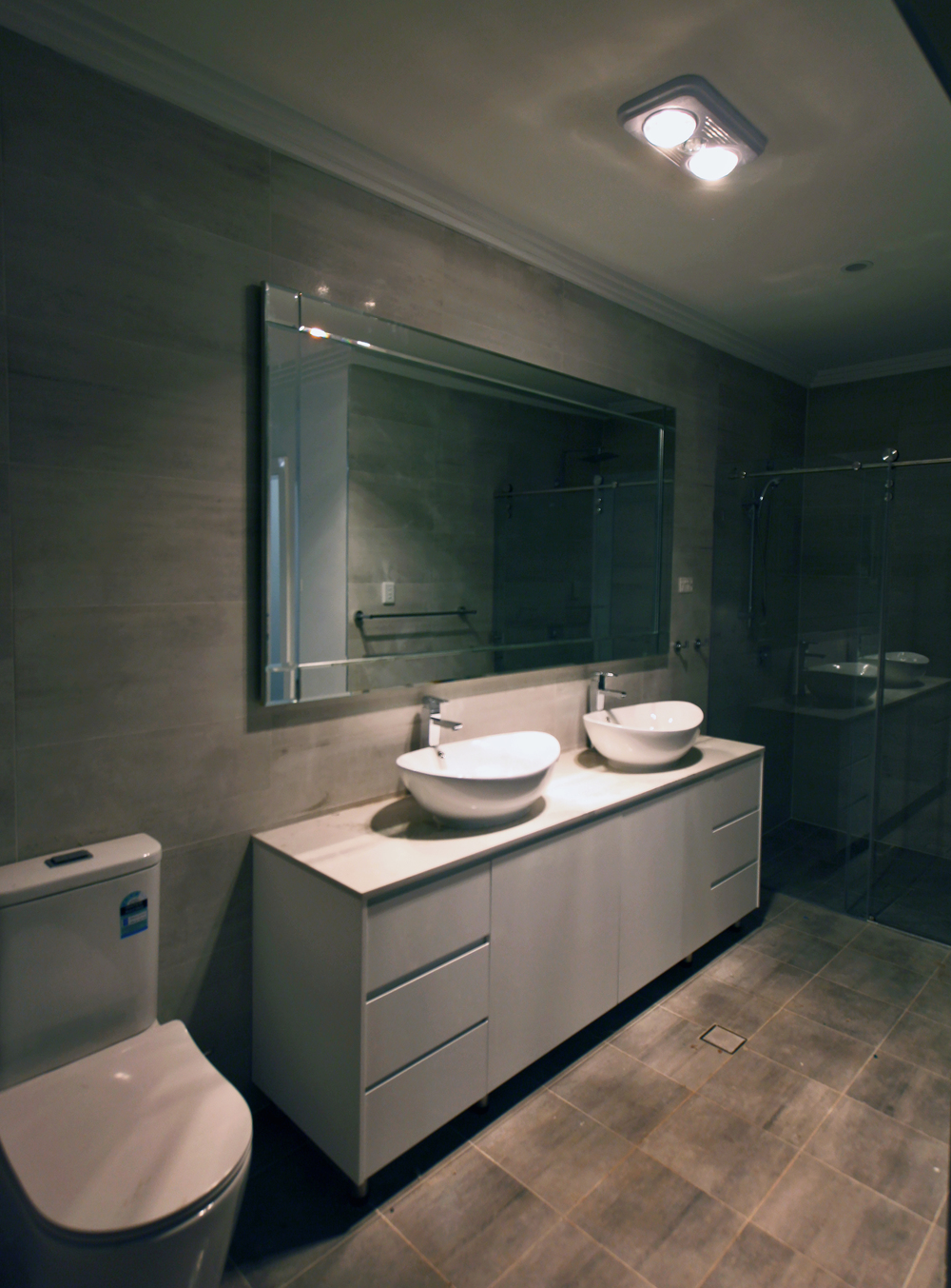 mirror bathroom modern bevel perfectly hung.jpg