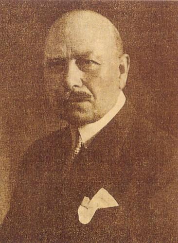 Berlin Güzel Sanatlar Akademisi Müdürü Prof. Arthur Kampf.