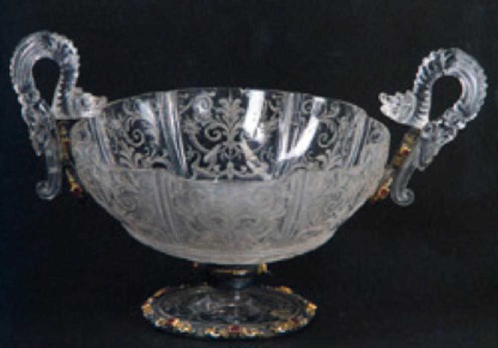 Necef Şekerlik, 17.yy, Avrupa yapımı, Necef, gümüş, altın, yakut, mine. 13x26x21 cm. T.S.M. 2/11