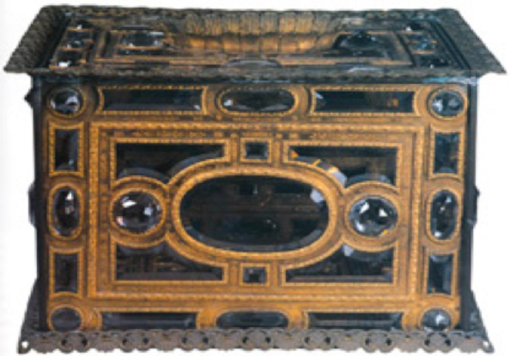 Necef Çekmece, 18.yy sonu-19.yy başı, Avrupa yapımı. Necef ve altın. 44x42.5x32 cm. TSM2/38