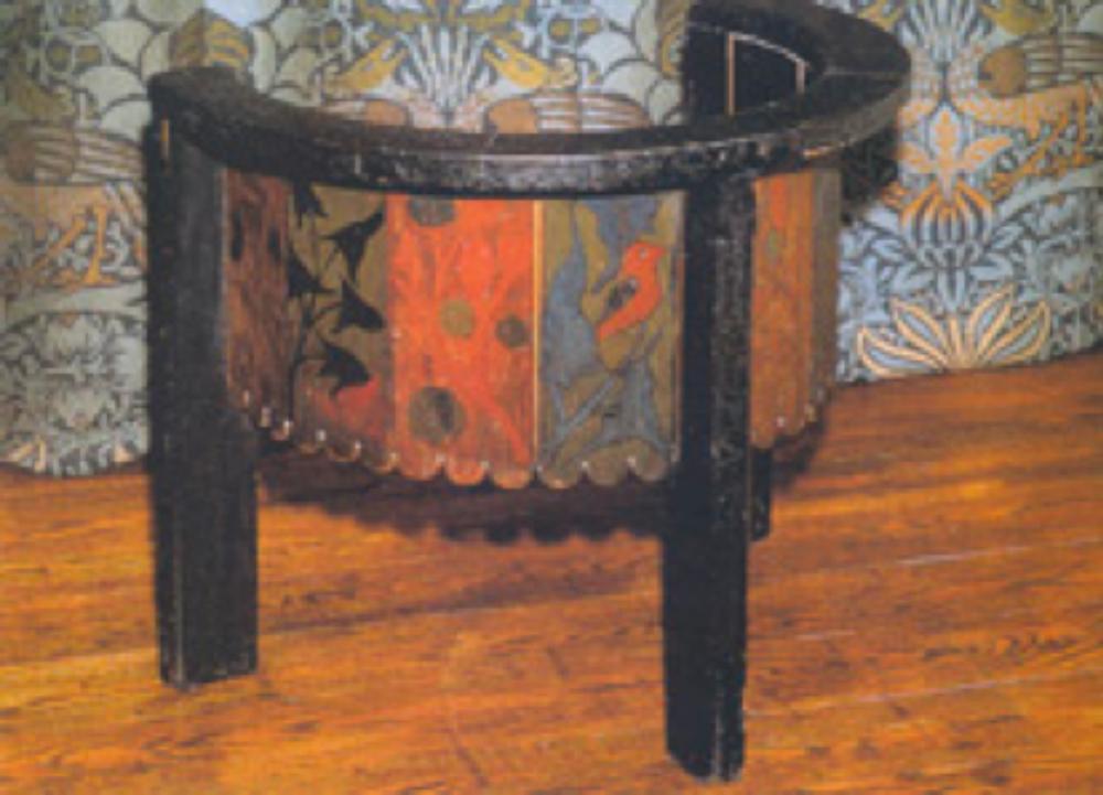 Tasarımı 1856 yılında William Nom's tarafından yapılan boyalı ahşap iskemle.