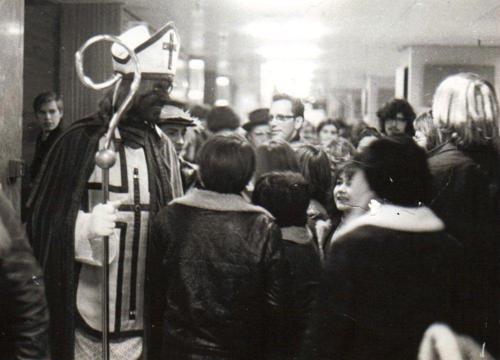 Ursul de Geer als Zwarte Sinterklaas 1970 Het Citaat