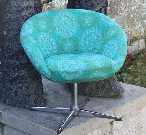 Swivel Egg Desk Chair Web Turquoise