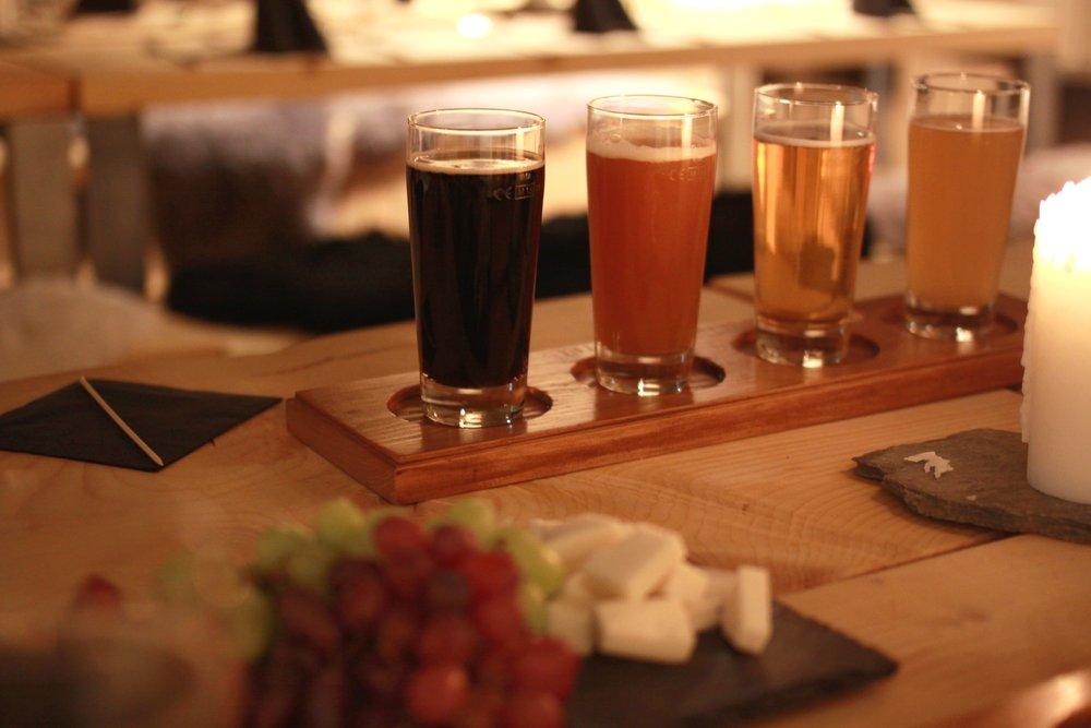 Me tilbyr ølsmaking i Eldhuset på Klingenberg Hotel i samarbeid med Tya bryggeri.