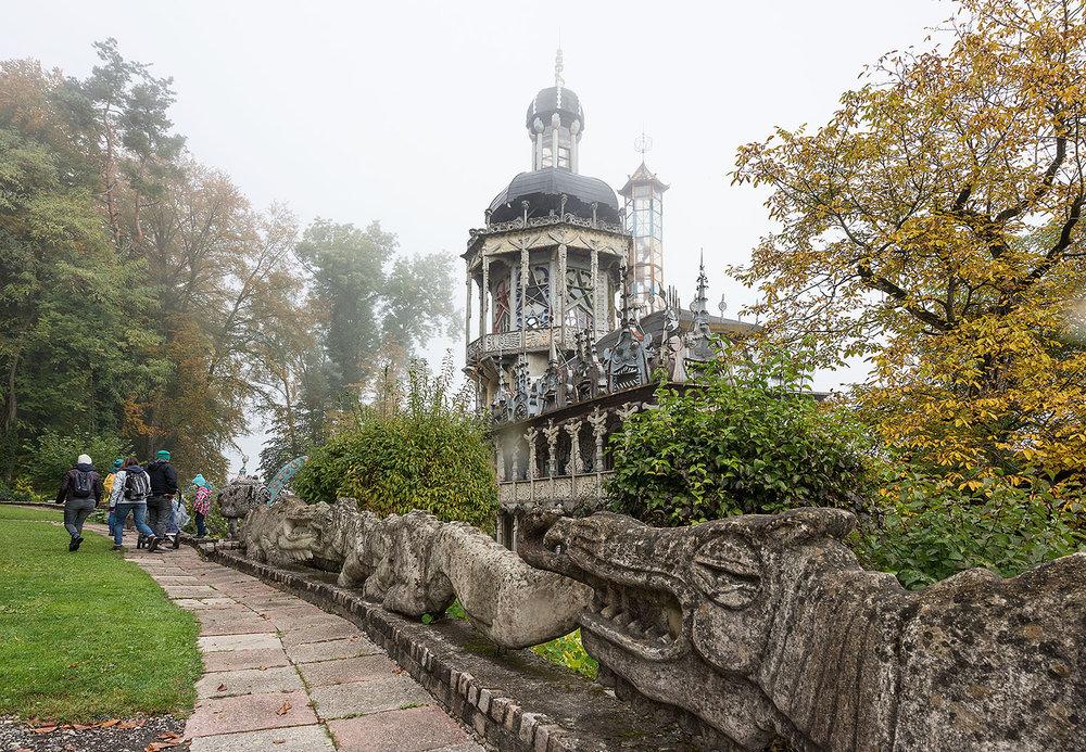 Wohnhaus mit Turm