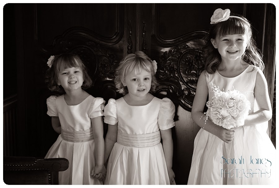 wedding+photography+at+Llyndir+hall+hotel,+Sarah+Janes+Photography_0017.jpg