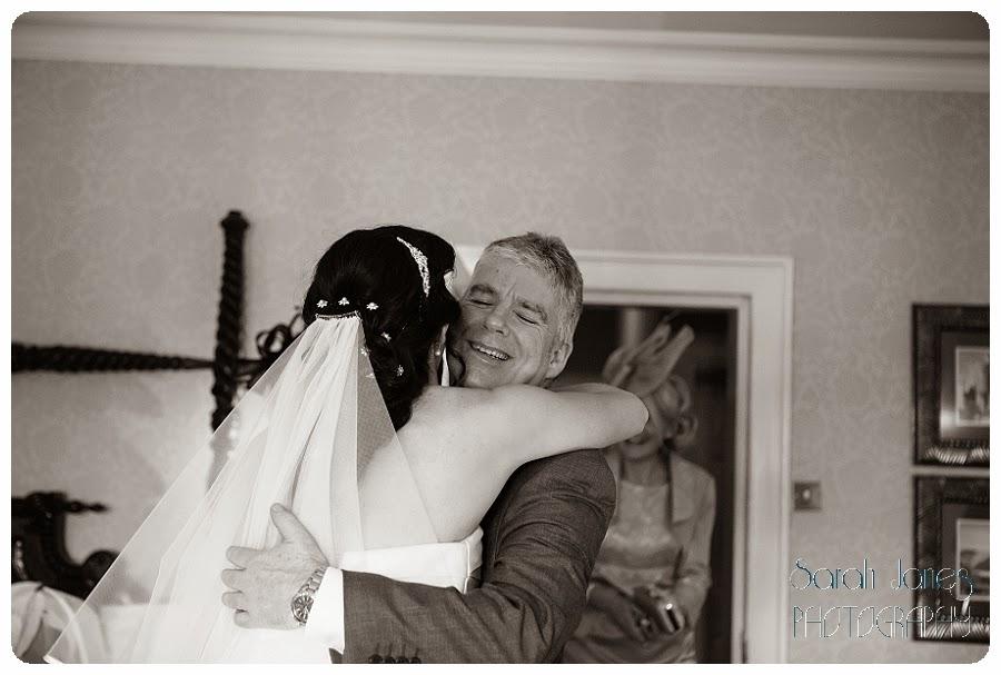 wedding+photography+at+Llyndir+hall+hotel,+Sarah+Janes+Photography_0016.jpg