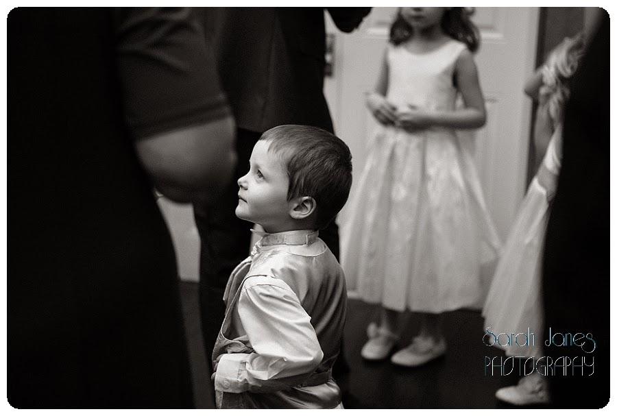 wedding+photography+at+Llyndir+hall+hotel,+Sarah+Janes+Photography_0032.jpg