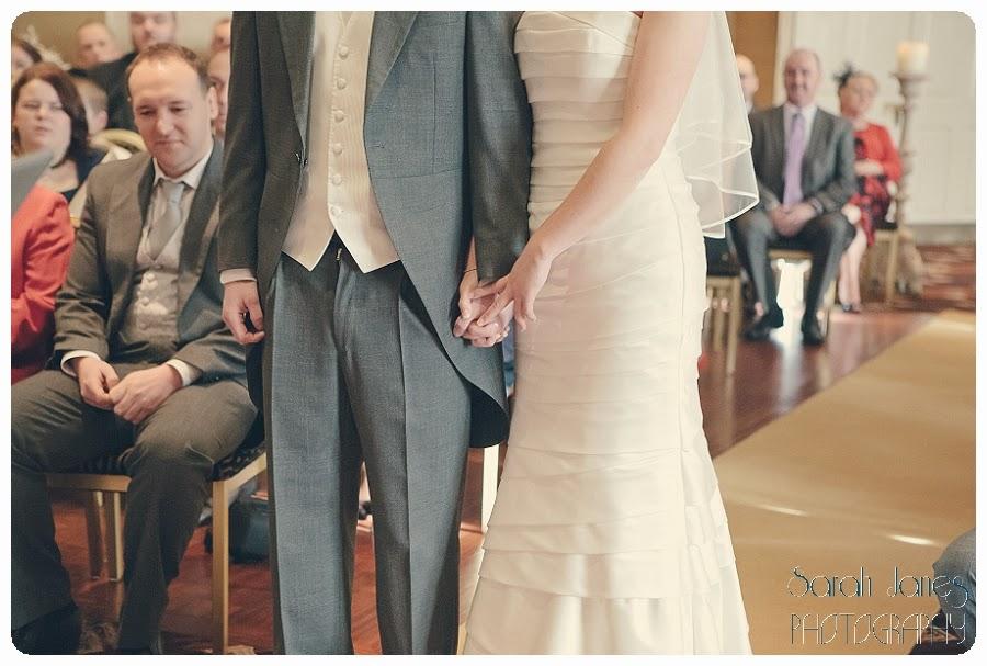 wedding+photography+at+Llyndir+hall+hotel,+Sarah+Janes+Photography_0023.jpg