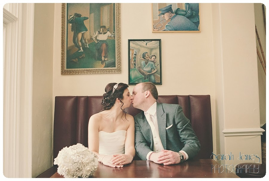 wedding+photography+at+Llyndir+hall+hotel,+Sarah+Janes+Photography_0044.jpg