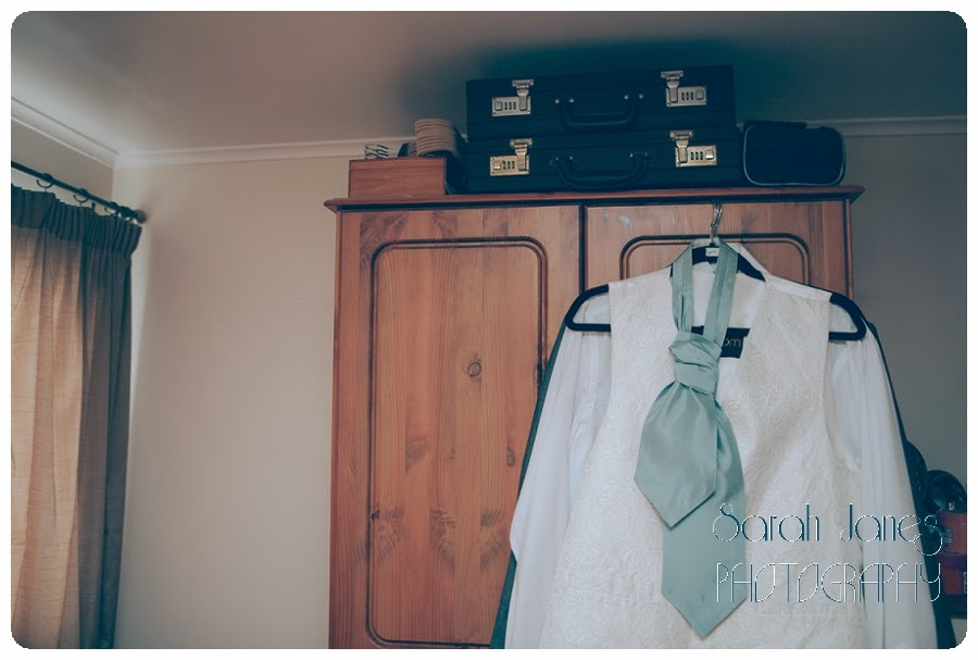 Sarah+Janes+photography,+wedding+photography,barn+wedding+north+wales_0002.jpg