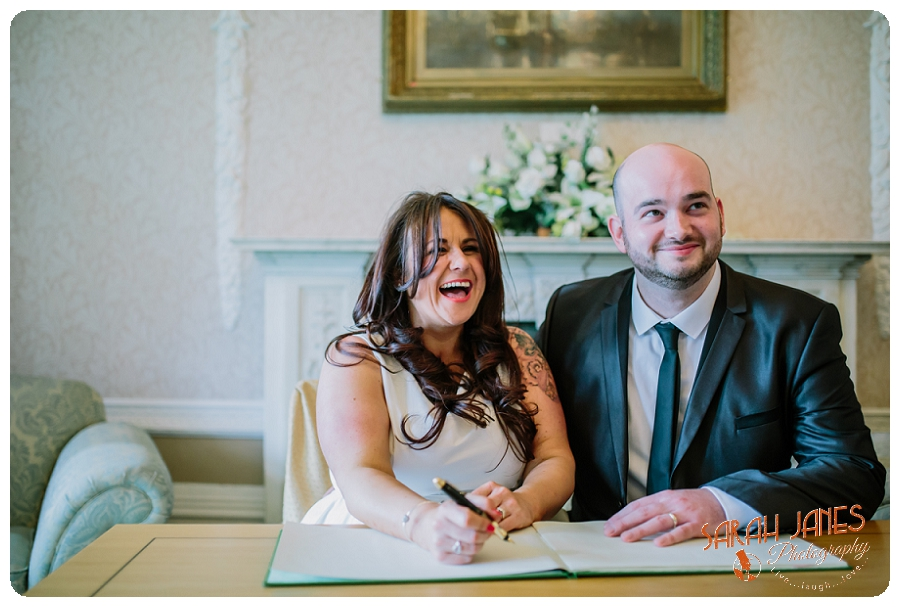 Wedding photography Runcorn, Secret wedding, sarah Janes Photography_0009.jpg