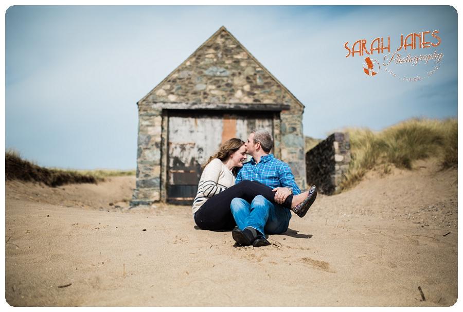 Sarah Janes Photography, www.sarahjanesphotography.com, Beach photo shoot, natural couple photos north wales_0049.jpg