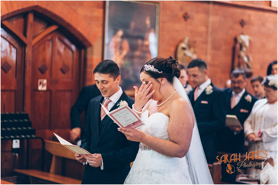 Wedding photography at the Lion Quays, Sarah Janes Photography_0013.jpg