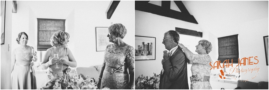 Wedding photography at the Great Tythe Barn, Tetbury, Sarah Janes Photography, Cotswolds wedding photography_0010.jpg