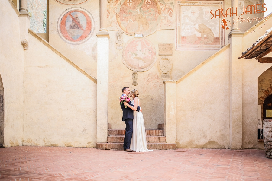 Sarah Janes Photography, Italy wedding photography, wedding photography at Le Fonti delle Meraviglie, UK Destination wedding photography_0035.jpg