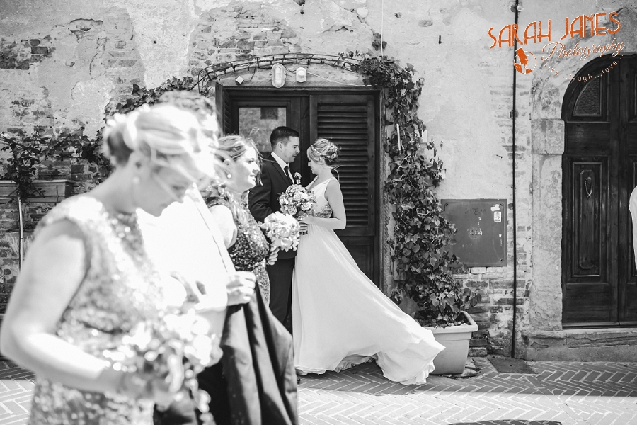 Sarah Janes Photography, Italy wedding photography, wedding photography at Le Fonti delle Meraviglie, UK Destination wedding photography_0053.jpg