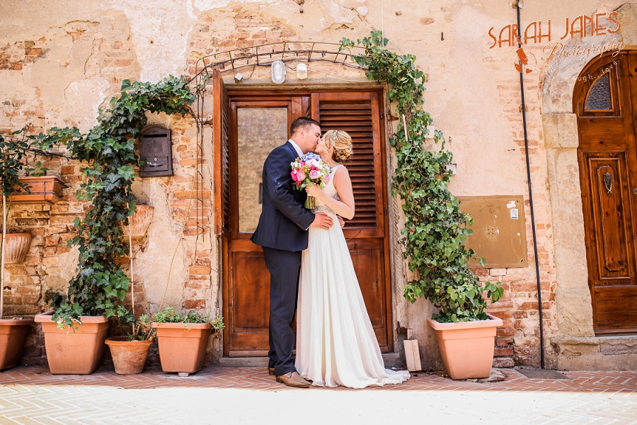 Sarah Janes Photography, Italy wedding photography, wedding photography at Le Fonti delle Meraviglie, UK Destination wedding photography_0054.jpg