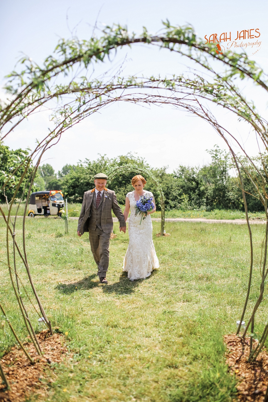 Sarah Janes Photography, Chester Wedding photographer, Kings Acre Farm wedding, Kings Acre farm wedding photography_0011.jpg