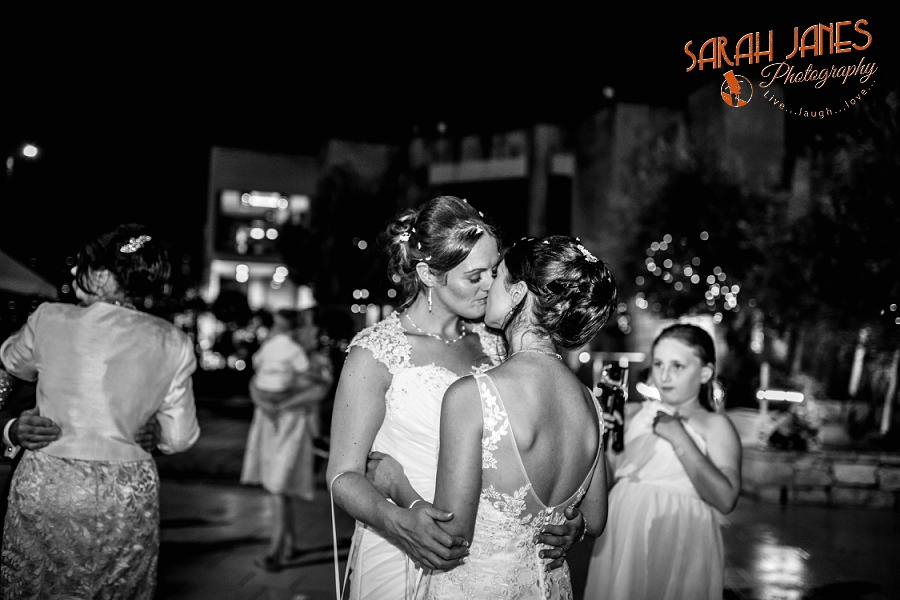 Sarah Janes Photography, Malta wedding photography, wedding photography in Malta, Wedding photography at Limstone gardens_0062.jpg