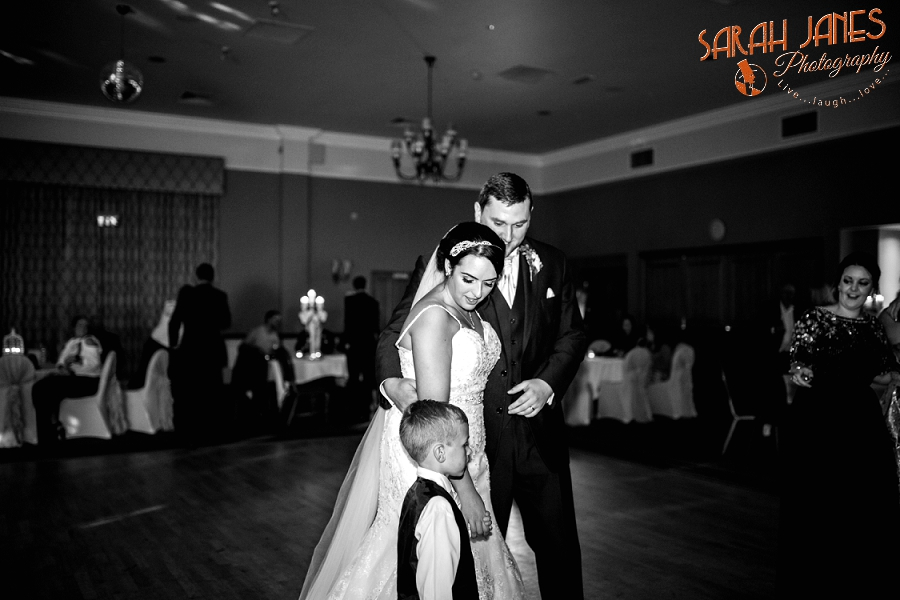 Sarah Janes Photography, Wirral wedding photography, wedding photography in Wirral, Wedding photography at Croxton Wood_0056.jpg