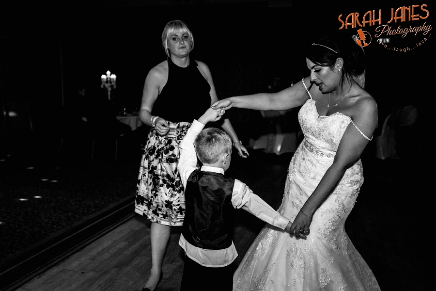 Sarah Janes Photography, Wirral wedding photography, wedding photography in Wirral, Wedding photography at Croxton Wood_0057.jpg
