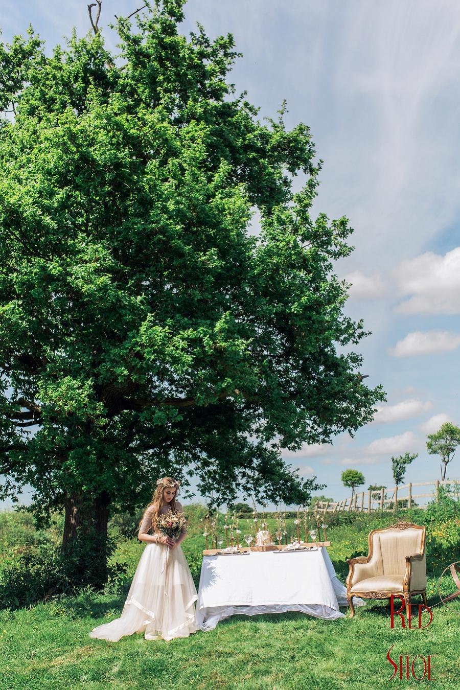 Boho bride, Glam Boho bride, Wedding inspiration, Styled wedding photo shoot, wedding ideas, wedding flower ideas, wedding photography, dried wedding flowers, boho bride makeup ideas_0079.jpg