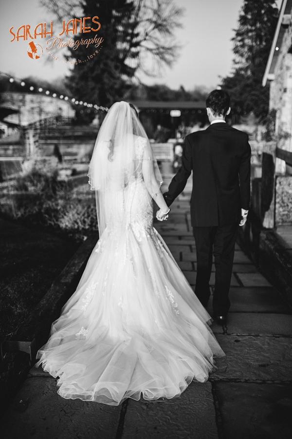 Sarah Janes Photography, Tower Hill Barns wedding_0010.jpg