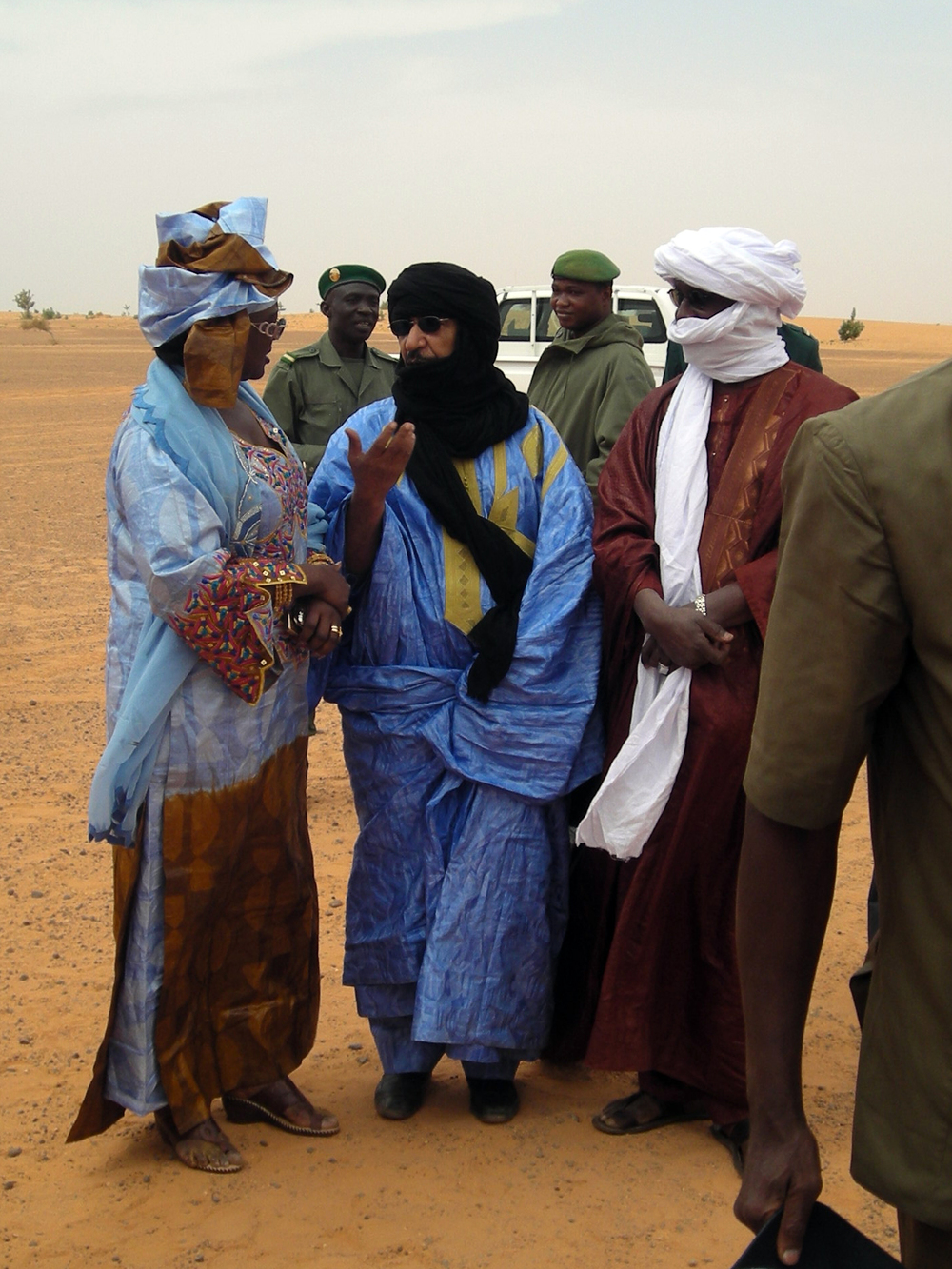 On our way to the festival in Bourem. Minister of culture El Mokhtar and Madame Toure, Jan 2011.