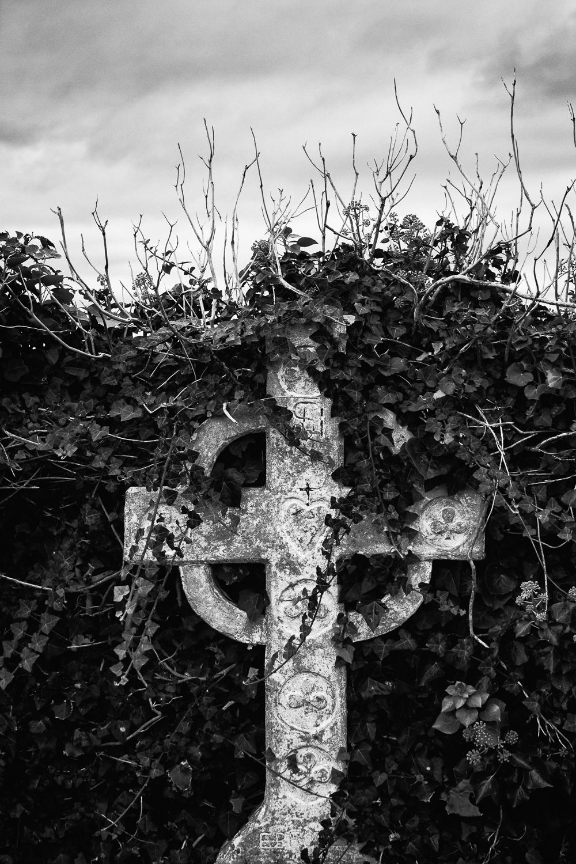 Workshop Co Kerry_Ballinskelligs Abbey Celtic Cross_069.jpg