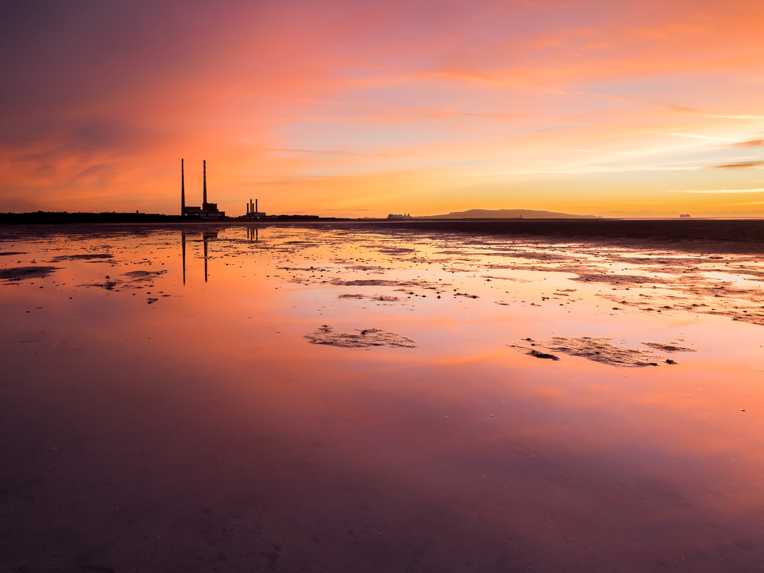 poolbeg sunrise dublin ireland greig houghton photography
