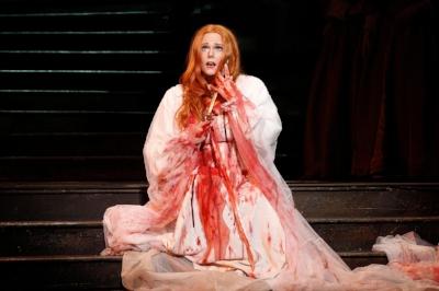 Lucia di Lammermoor: the original Carrie?