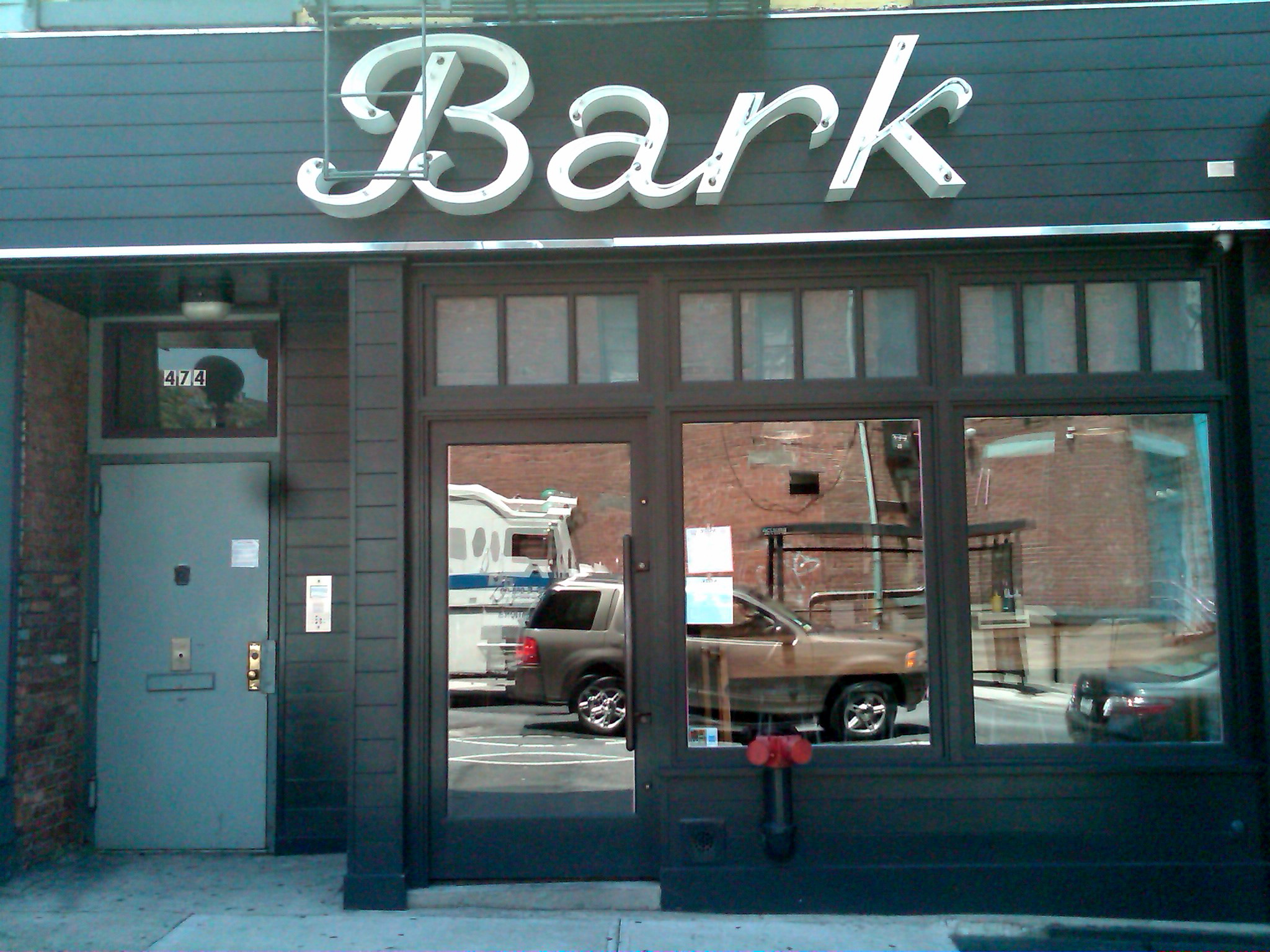 Bark serves amazing veggie dogs and fries!