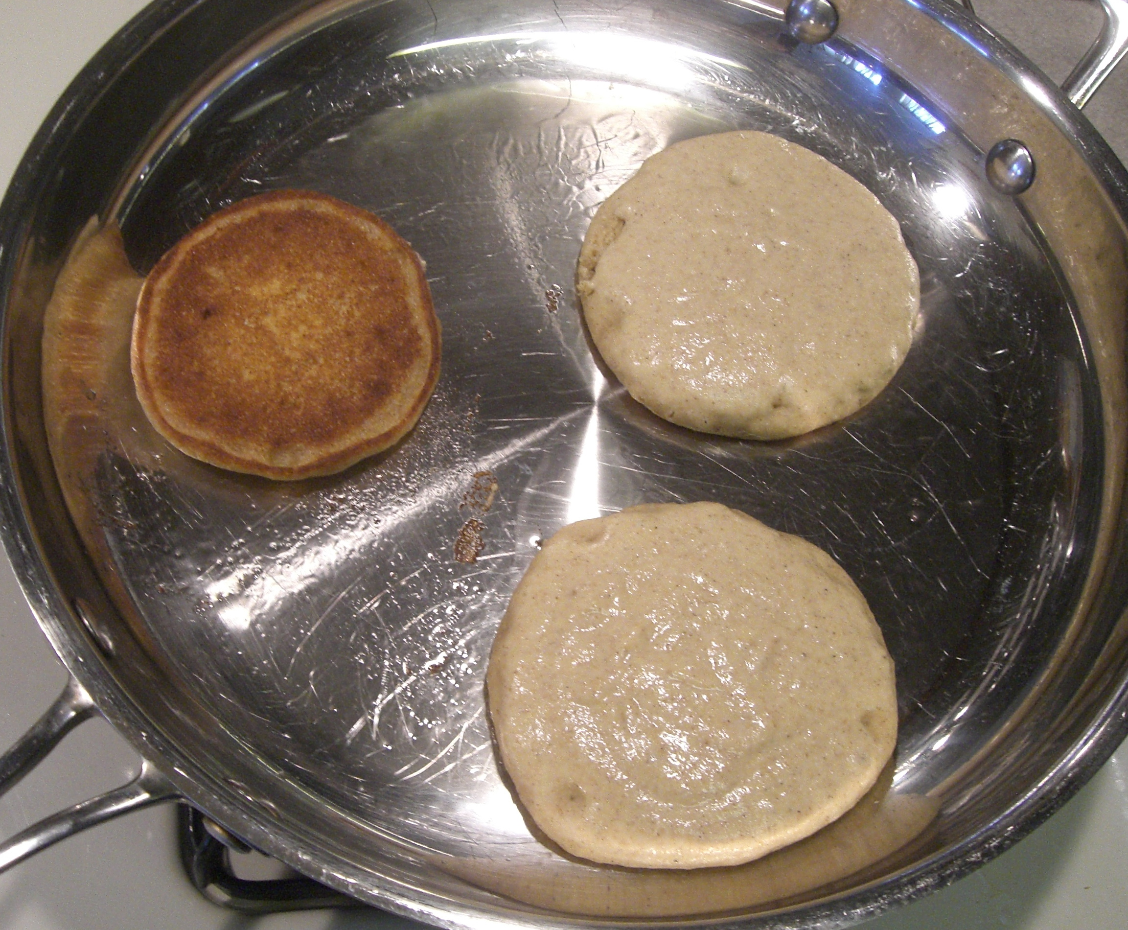Vegan pancakes are just as easy to cook than regular ones.