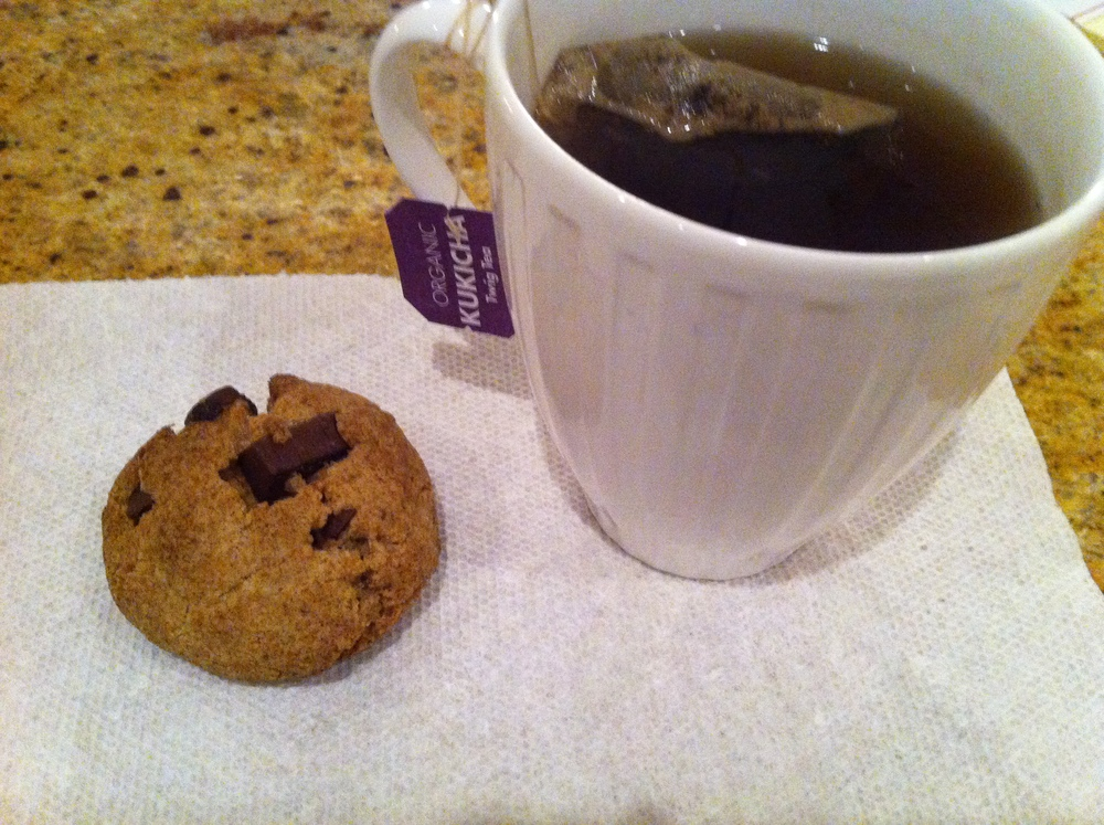 Love Life and Lollipops- Vegan Chocolate Chip Cookie Night Cap