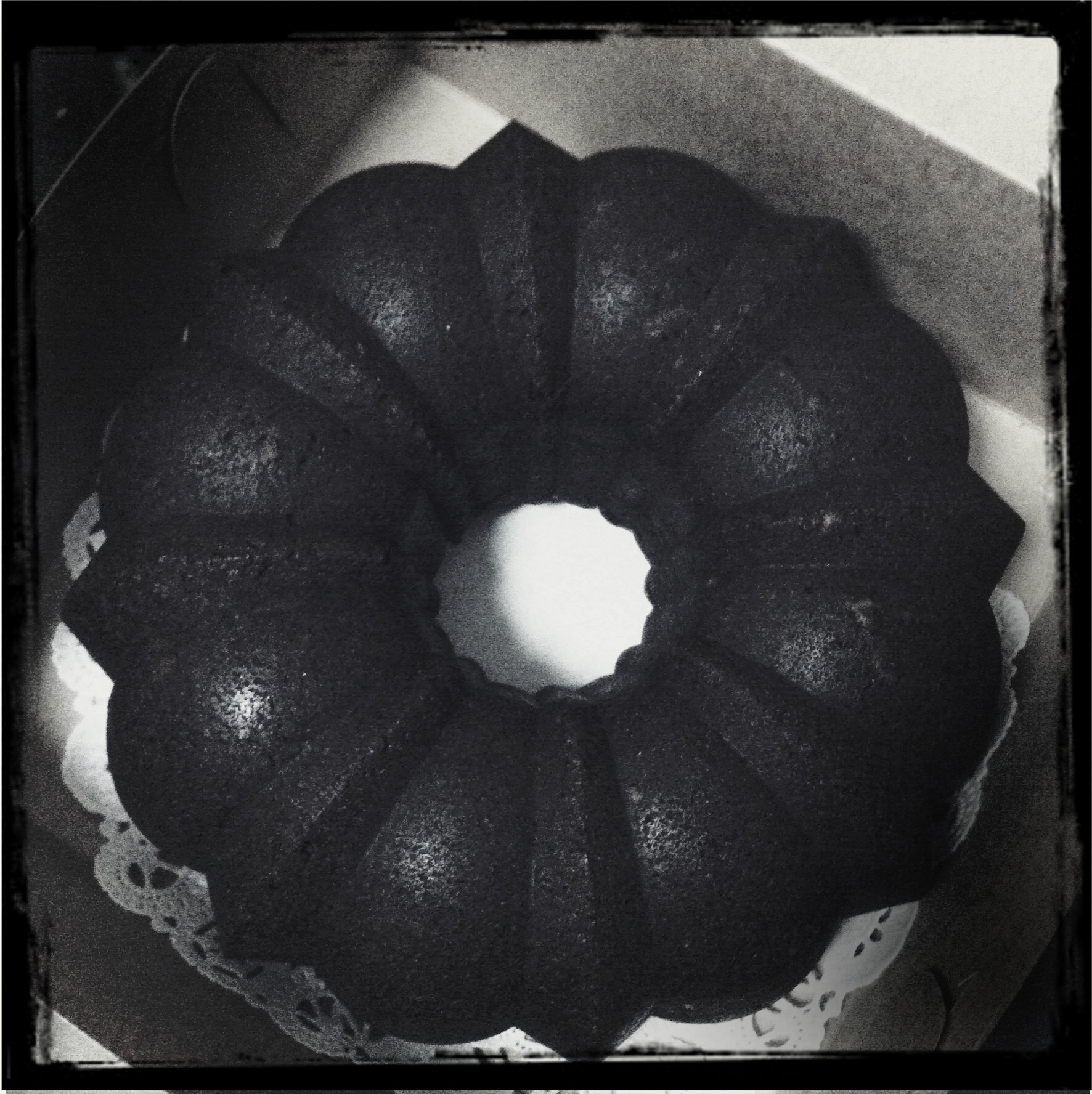 Liza made this awesome looking (and tasting) vegan chocolate bundt cake.