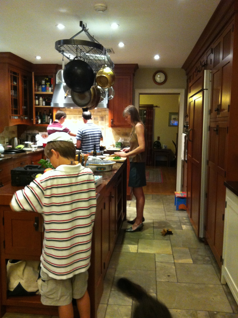 Love Life and Lollipops- The family that cooks together, stays together!