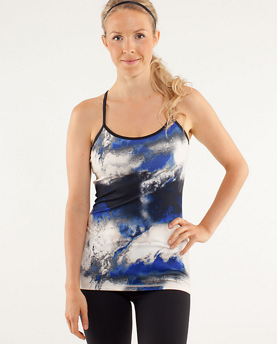 Love Life and Lollipops- Lulu Lemon's Power Y Tank