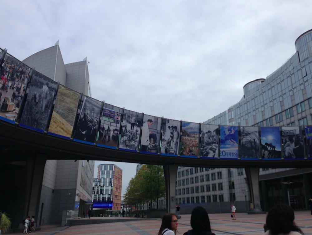 Vor dem EU-Parlamentsgebäude