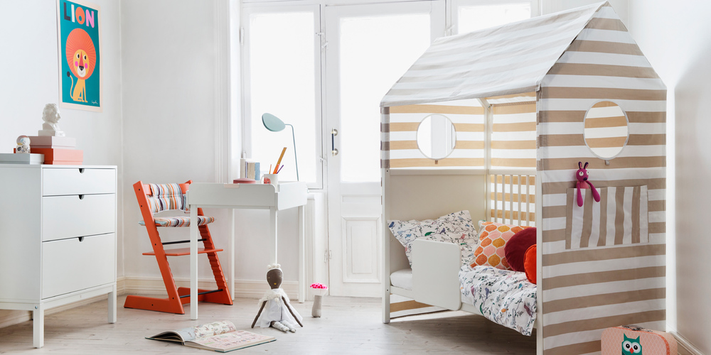 Its A Baby Cot That Turns Into Toddler Bed Youll Have To Buy The Guard Pictured Above Separately For GBP59 And When Your