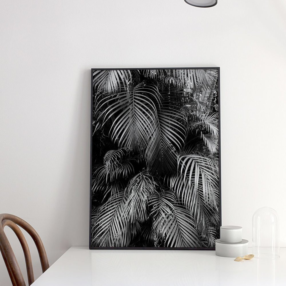 Urban Abode's collection of palm prints has the Stella + the Stars seal of approval (not that they needed it, but hey...)