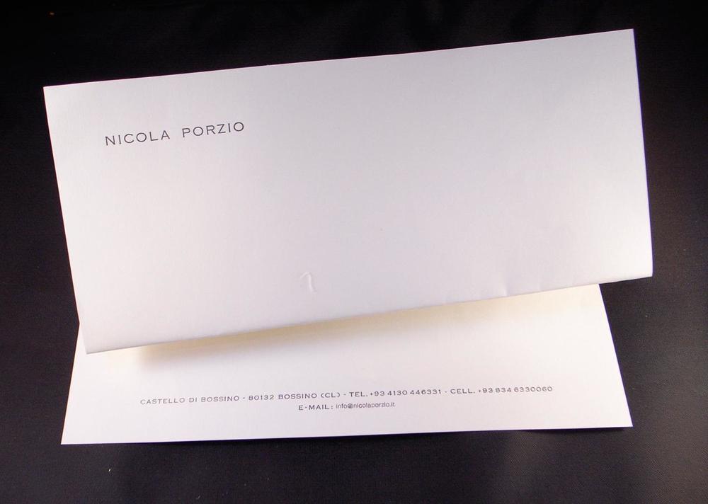 Carta da lettere e buste coordinate realizzabili con caratteri mobili, in rilievo, offset e con cliché, su carte pregiate cotonate, vergate o filigranate