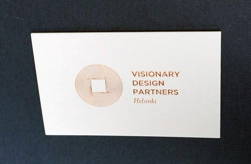 biglietto da visita stampato a caldo bronzo